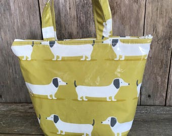 Insulated lunch bag,Cool bag,School bag,Tote bag,Lunch bag,lime dachshund oilcloth