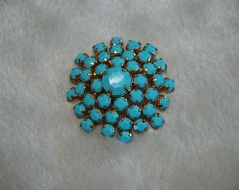 Blue  flower brooch   - vintage blue stones flower goldtone brooch pin