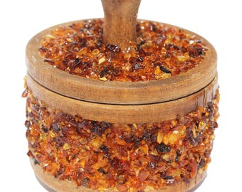 Baltic Amber Decorated Boxes are made from natural wood and beautifully decorated with genuine Baltic Amber. jewellery box, storage, trinket