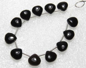 Black Onyx - 6 Matching Pairs - Smooth - Heart Shape - size 8x8 mm