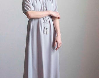 ECLIPSE Soft Dove Gray Peasant Dress with Tassels 1970s Vintage // Size Small Medium