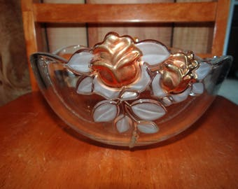 Mikasa Guilded Raised Rose 9 inch Bowl