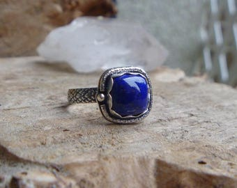 Lapis Lazuli and sterling silver ring //Size 8.75 // metaphysical // silver jewelry