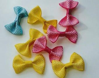 X 5 bow mix color dots