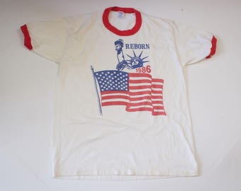Vintage 1980s Statue of Liberty NYC Centennial Patriotic US Flag Ringer T Shirt Large