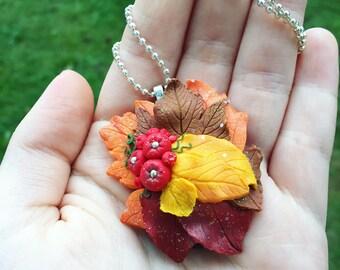 Autumn leafs necklace || Collana con foglie autunnali