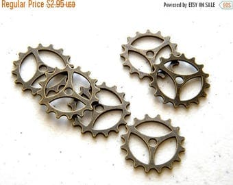 HALF PRICE 6 Large Bronze Gear Charms - 22mm - Steampunk Supplies Cog Charms