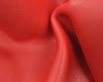 "Classy Candy Apple Red ""Signature"" Leather Cow Hide 4"" x 6"" Pre-cut 2-3 oz flat grain TA-58529 (Sec. 8,Shelf 6,D,Box 3)"