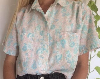Vintage 80s cotton candy floral collared button up shirt