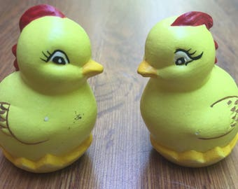 SALE Figurines Chckens Handmade Kitschy Ceramic Signed Set of 2  1960s Vintage