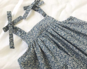 Swing dress in ocean vines