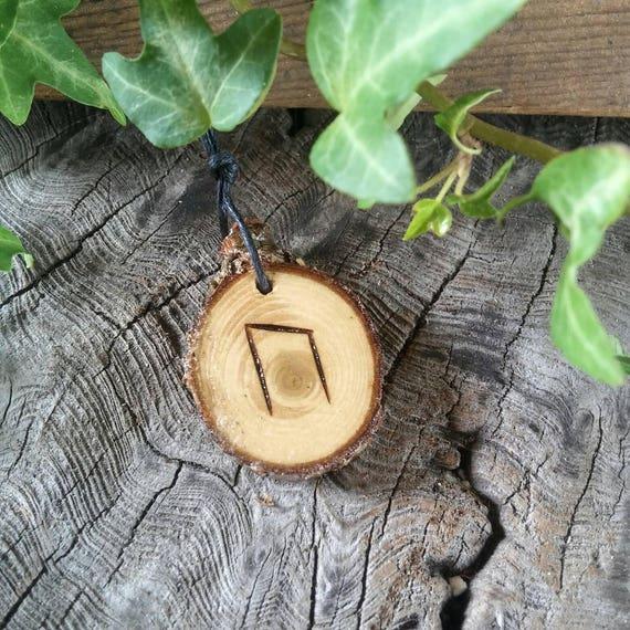 Rune Necklace, Rune Pendant, Uruz, Rune Jewelry, Cedar Wood, Talisman Necklace, Strength Necklace, Wiccan Jewelry, Wooden Necklace