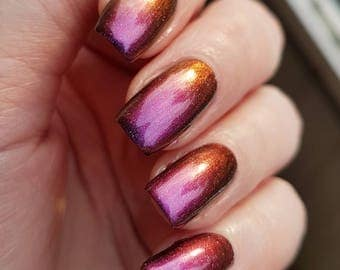 Pre-Order: Strawberry Moon~Shifting Science Collection Deep Red/Purple Multichrome Holo 10ML