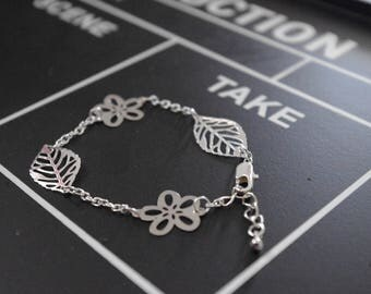 Bracelet chain flowers and leaves silver