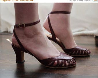 BIG SALE Vintage deep ox blood red burgundy strappy dancing sandals kitten heels made in Spain Wrapped ankle straps 1970s 1980s 70s 80s
