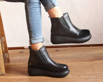 2 Colors! Handmade Winter Platform Shoes, Flat Short Boots, Women Leather Booties, Casual flatform shoes