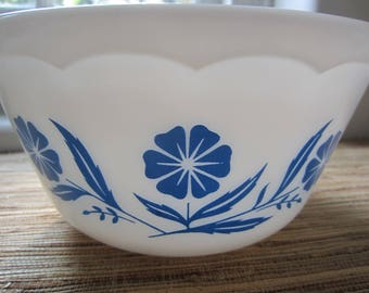 Vintage White Hazel Atlas Bowl With Cornflower Blue Flowers/ Mixing Bowl/ Kitchen Bowl/ Collectible/ Mid Century Kitchen/Scalloped Under Rim
