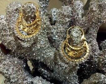 Gorgeous Small Oaxaca Filigree Earrings Frida Style,Festival,Costume Earrings 1970's Oaxaca Filigree Earrings Chandelier 18K Gold Plated