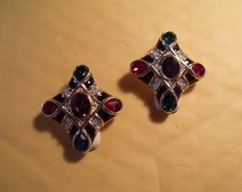 vintage oscar de la renta earring set // unused
