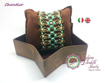 Tutorial to create the Chantico bracelet with Tile, Diamond Duo, O Beads, Bicone, Drops, Seed Beads. Weaving beads.