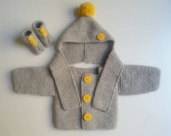 Jacket + hat(cap) + slippers for born babies in 12 woolen months intoxicates(tints) hand-made knitting(sweater)