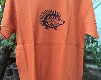Hedgehog - brick-colored short sleeve T-shirt