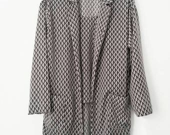 Geometric Dropshoulder Springcoat