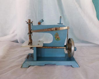 French Vintage Toy Sewing Machine - Blue Enamel Toy Sewing Machine - French Toy Sewing Machine - Seamstress Gift - Vintage Toy - Sewing Gift