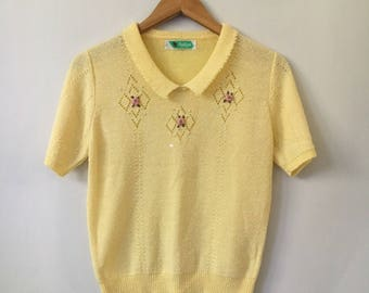 Vintage Flower Knitted Top / Hand Embroidered Chest Flowers