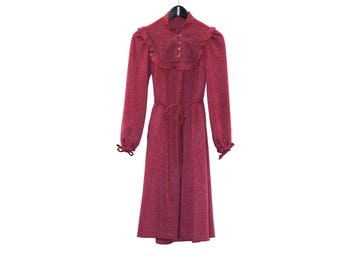 1970s vintage dress with breastplate - vintage clothing