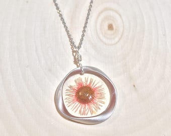 Pink and White Wild Daisy Necklace