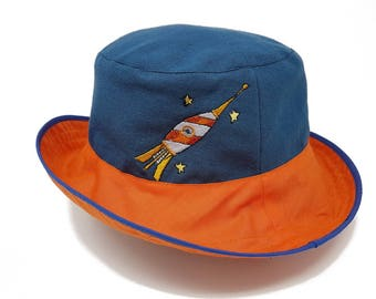 Children's Summer Reversible sunhat with embroidered rocket