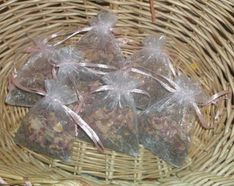 Herbal bath sachet, Lavender and Organic Rose petals, Hot Bath, gift, party favor, spa, home, lovely scent, floral, scrub, aromatherapy