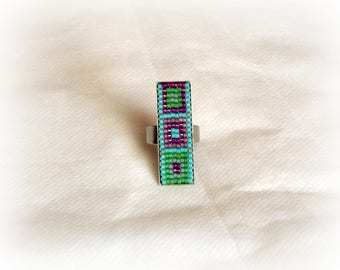 Beaded ring mosaic effect