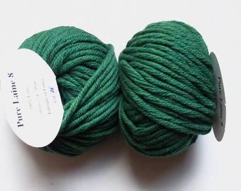 5 big skeins Pure wool N 8 green 26