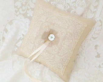 Wedding ring pillow, Ring bearer pillow, Lace ring pillow, Wedding cushion, Wedding keepsake, Elegant weddings linen pillow