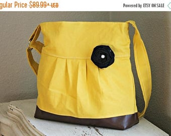CHRISTMAS SALE Concealed Carry Purse, Medium Messenger Bag, Yellow Purse, Conceal Carry Handbag, Concealed Carry Purse, Conceal and Carry, M