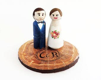 Cake wedding topper / Wedding cake figurines with holder / Peg doll wedding / Personalized wedding figurines - To customize