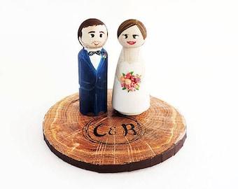 Cake wedding topper / Wedding cake figurines with holder / Peg doll wedding / Personalized wedding figurines - To customize