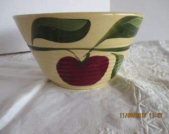 WATT POTTERY Apple Bowl 37