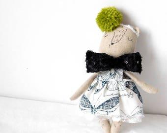 Linen Teddy bear | Dressup doll | Fabric doll | Heirloom doll | Prudence