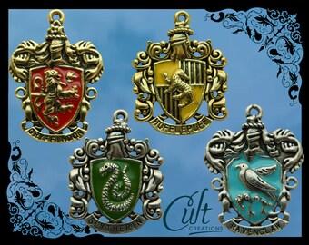 Harry Potter friendship bracelet with house charm. Gryffindor, Slytherin, Ravenclaw & Hufflepuff