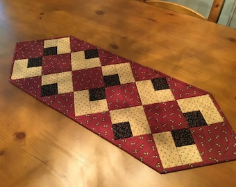 Quilted Table Runner / Handmade /  Item # 2114
