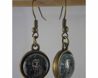 Boucles051 - Skull cabochon and bronze studs earrings