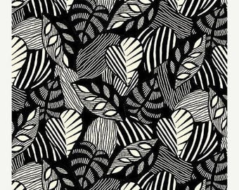 AUG10 Sgraffito Leaf Bisque By Elise K-By The Yard Item #10102-07