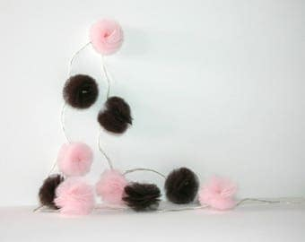 10 Led - Light brown and pale pink tulle PomPoms Garland