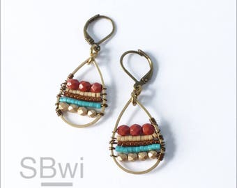 Geometric earrings in bronze with maroon and metallic detail