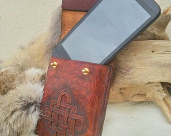 Leather pocket for smartphone