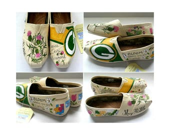 Bride's Love Story Shoes Unique Floral Wedding Shoes White Wedding Flats Personalized Gift Wedding Flats Wedding TOMS Outdoor Wedding