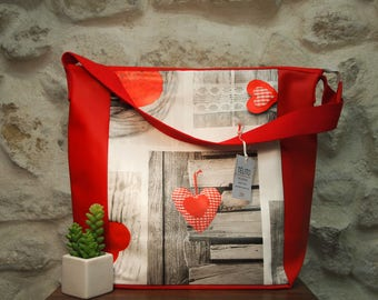 Great bag in oilcloth hearts (with lock)